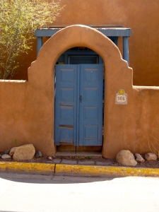 Scenic Santa Fe building....all buildings have to be painted in earth tone colors.